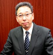 Principal Eiichi Oomori